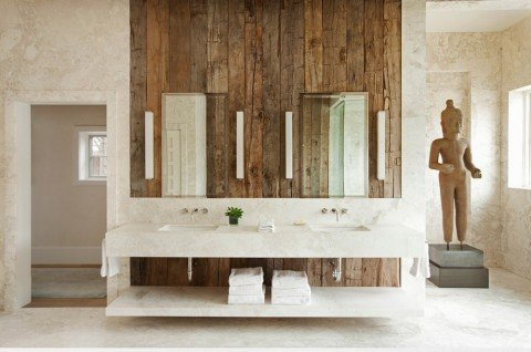 symmetrical-bathroom