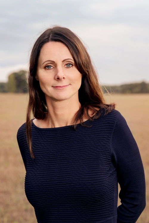 SARA HOFF