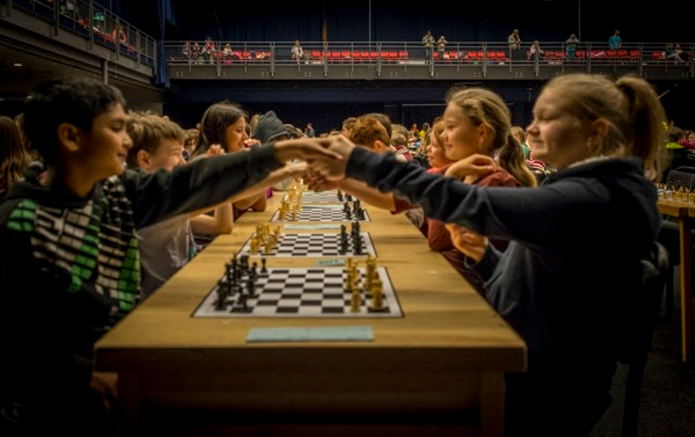 Unga schackspelare under Schackfyran. Foto: Lars OA Hedlund