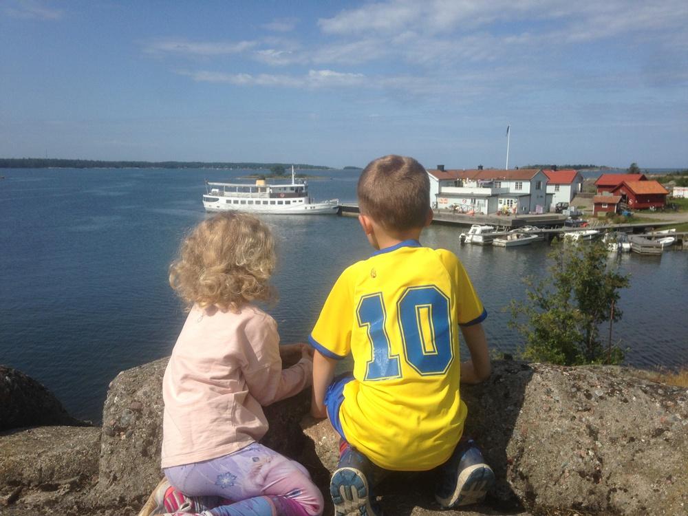 Båtspaning på Arholma