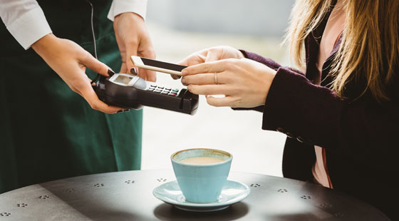 mobile-payment-cafe-shutterstock 388628569