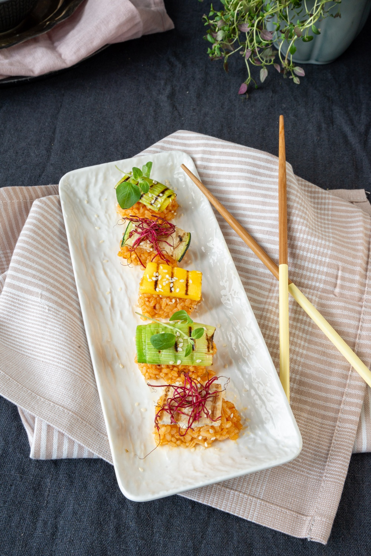Vegansk sushi med Vegonade Mango & Chili