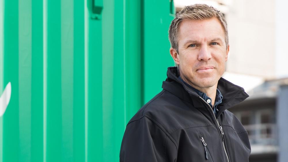 Derome satsar på industrimarknaden och gör förvärv av BMS i Hässleholm. Johan Winroth, VD Derome Bygg & Industri