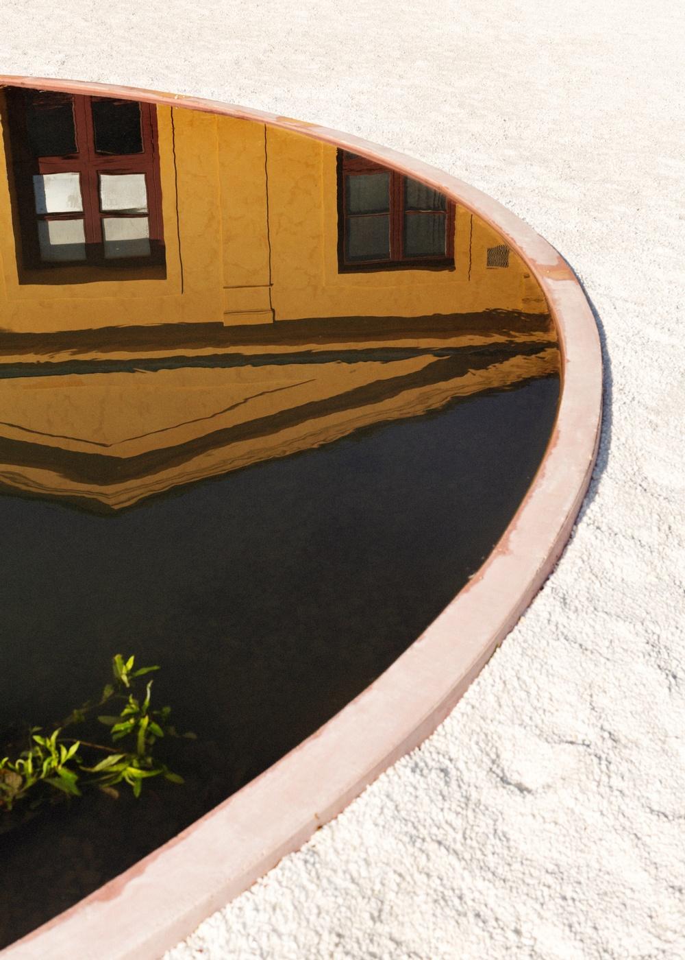 The Pond 'Studio Ossidiana: Utomhusverket 2021'. Photograph: Märta Thisner. Courtesy of ArkDes.