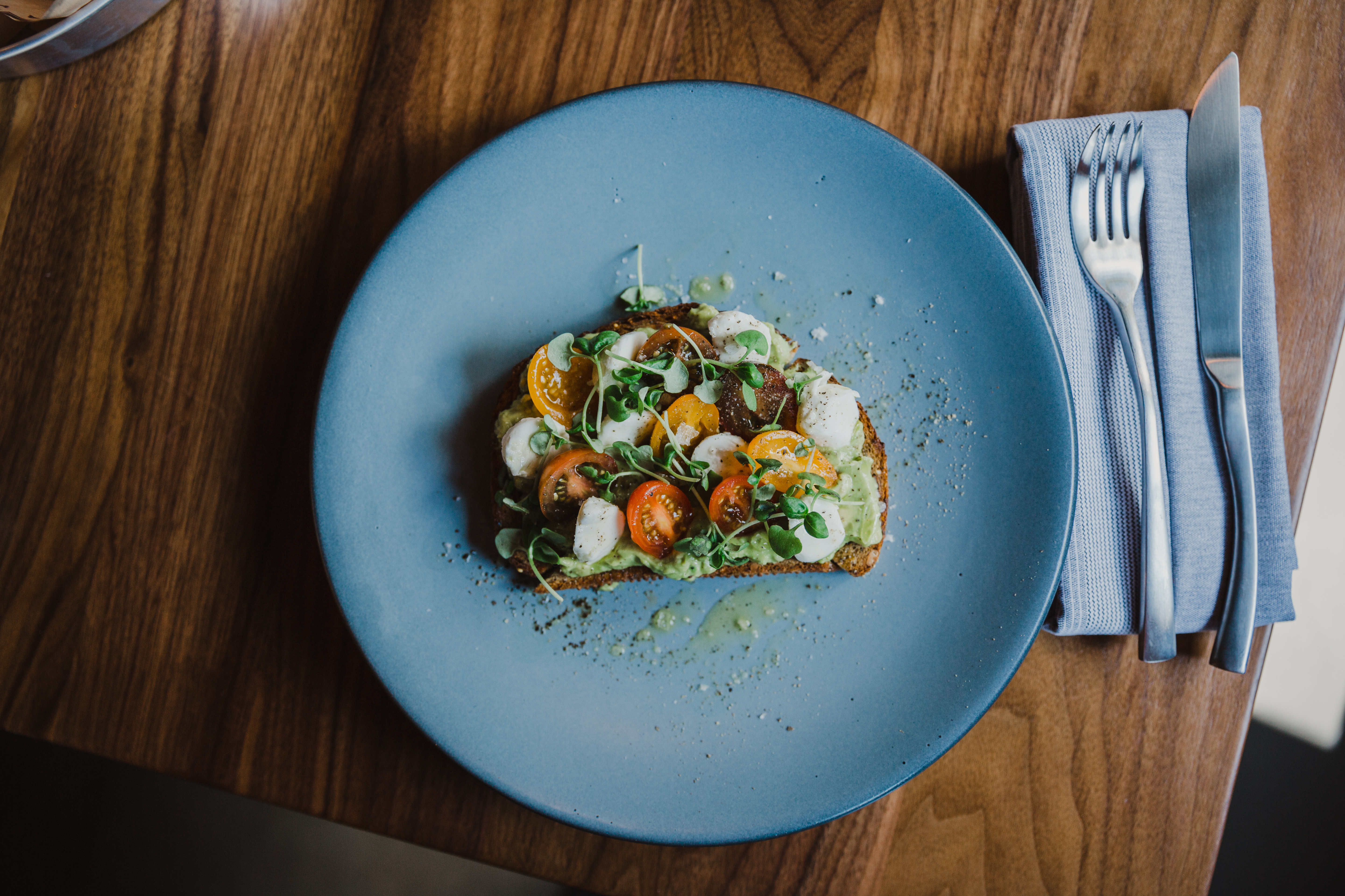 new seafood focused concept pearl tavern opens in lee s summit pearl tavern pitchengine