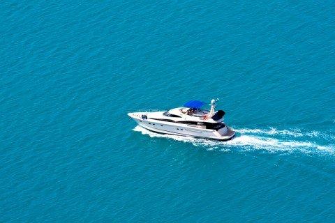 Speed boat 2
