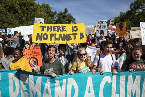 @SarasotaStudents4Climate Defund Climate Chaos Petition Link Thumbnail | Linktree