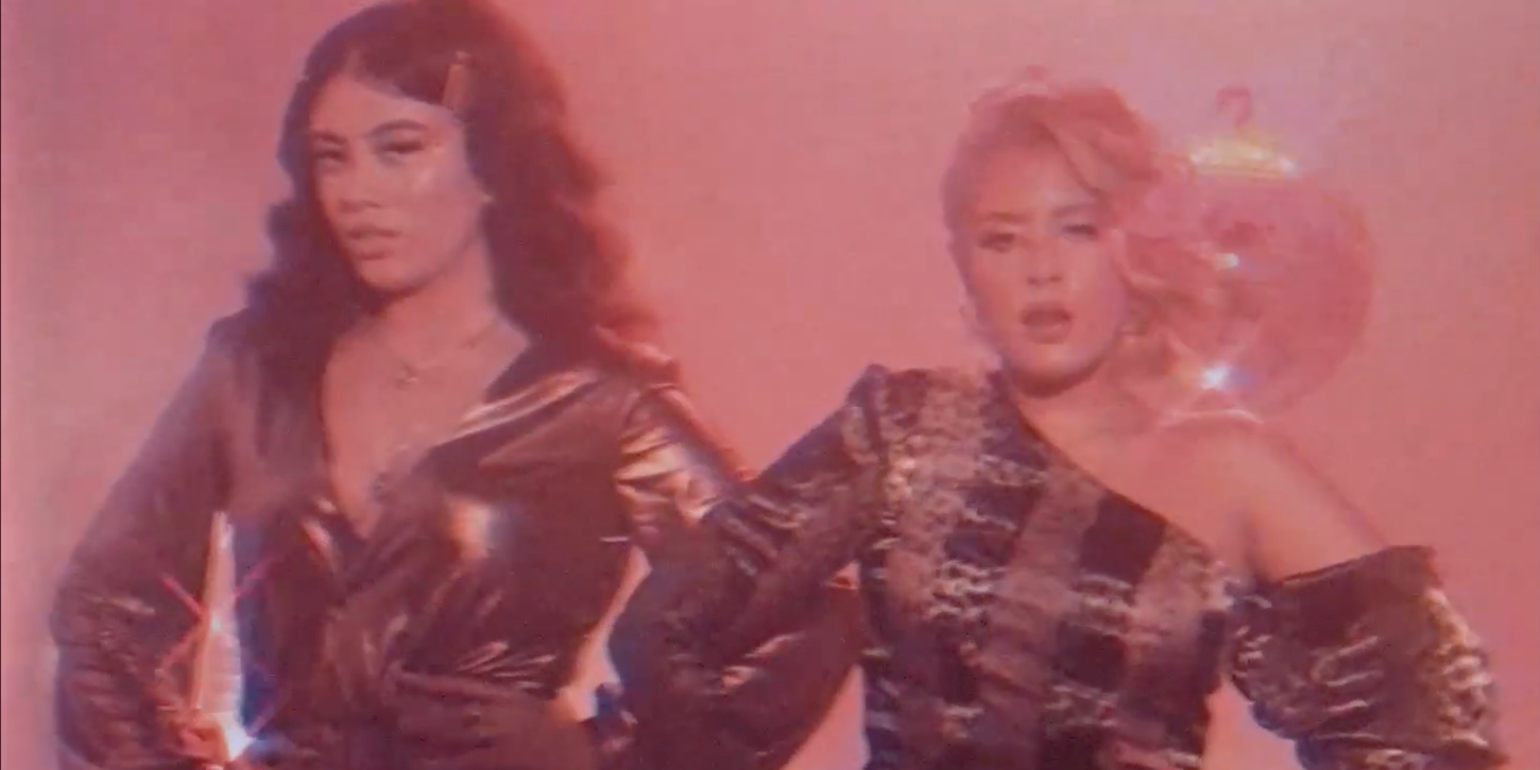 Sister duo Gibbs are disco queens in musical debut, 'No Hearts' – watch