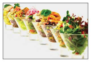 Glass verrines can be used for salads or desserts
