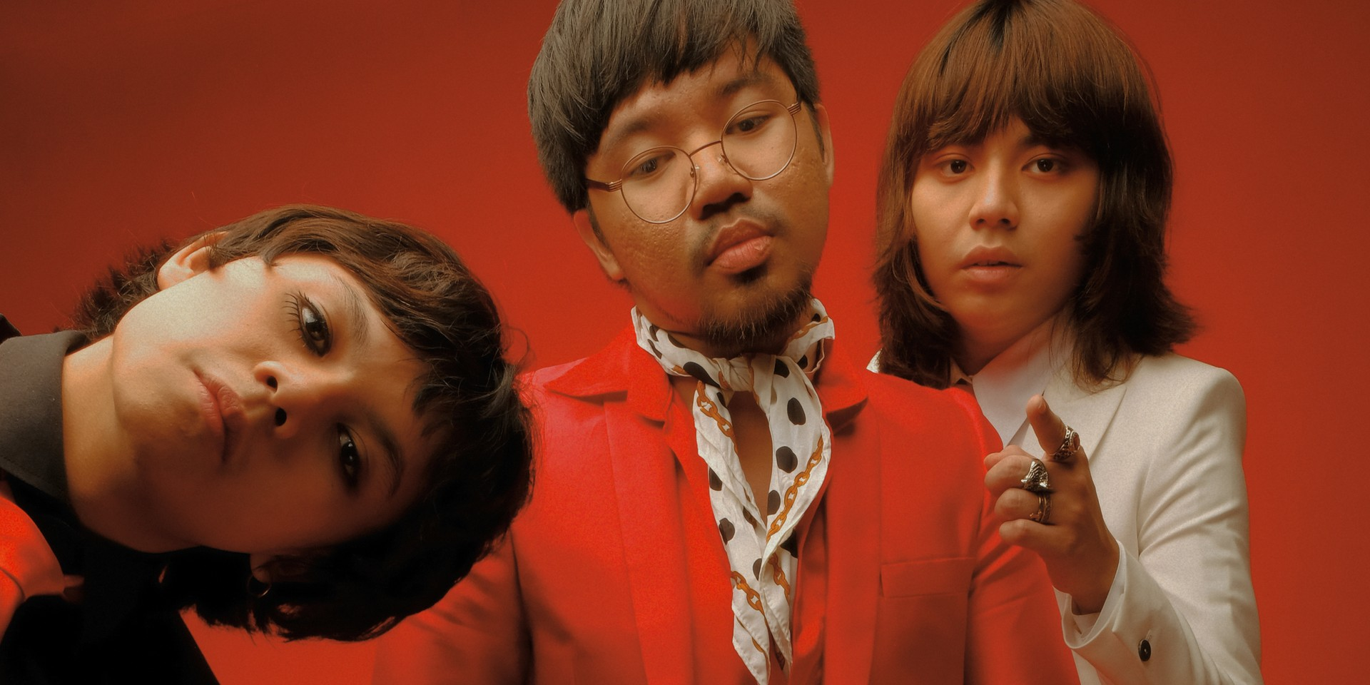 Here's how you can get a signed physical copy of IV of Spades' debut album, CLAPCLAPCLAP!