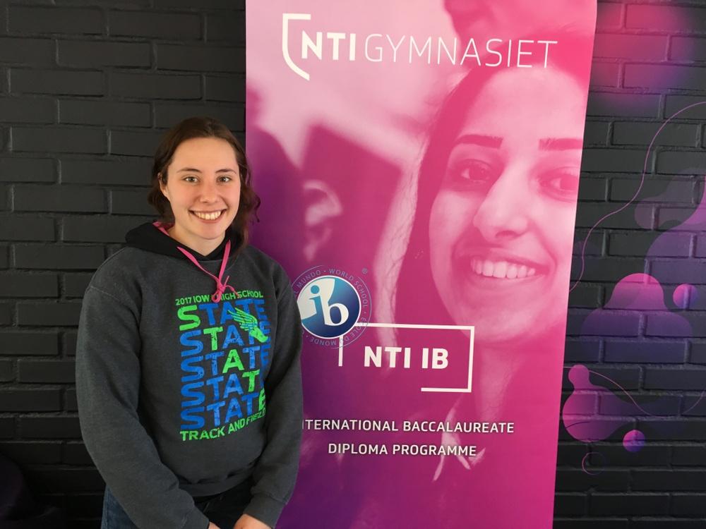 Lydia Åkergren läser IB-programmet vid NTI Gymnasiet Skövde