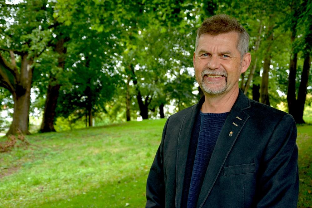 Martin Broberg, rovdjurshandläggare