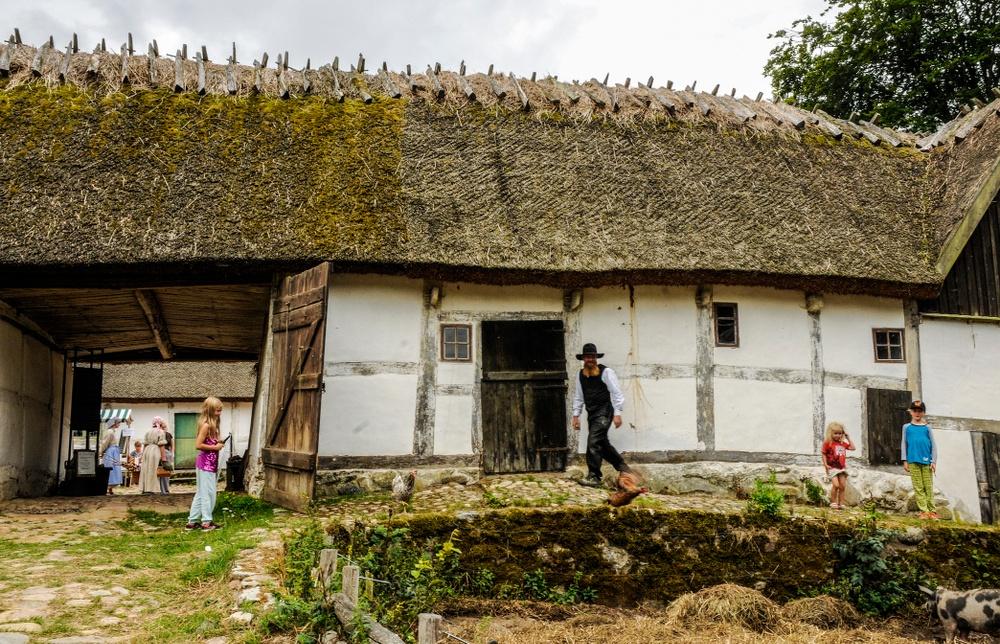 Gamlegård är en fyrlängad korsvirkesgård byggd 1812. Foto: Viveca Ohlsson, Kulturen