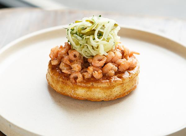 Potted shrimp crumpet, kohlrabi, gherkins, parsley