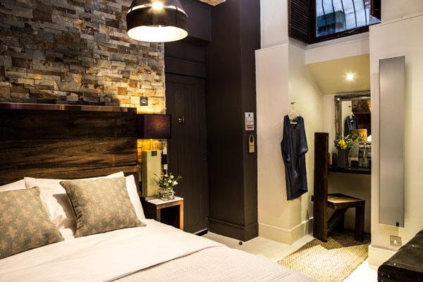 cow-hollow-bedroom2