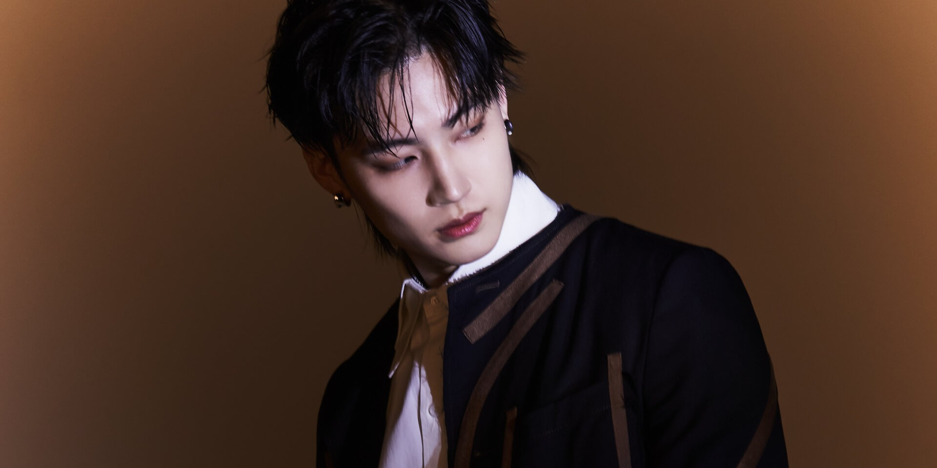 JAY B talks learning from GOT7, working with H1GHR Music artists, and his new single 'Switch It Up'