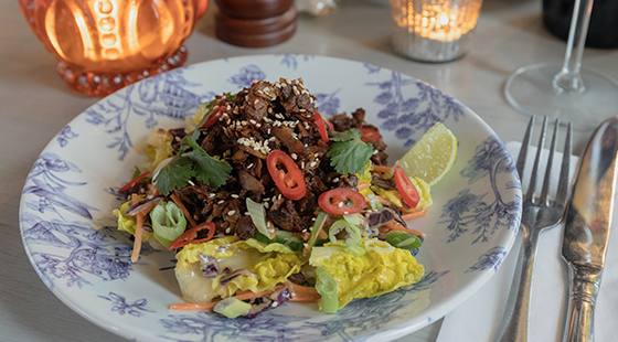 Bill's vegan seitan 'duck' salad
