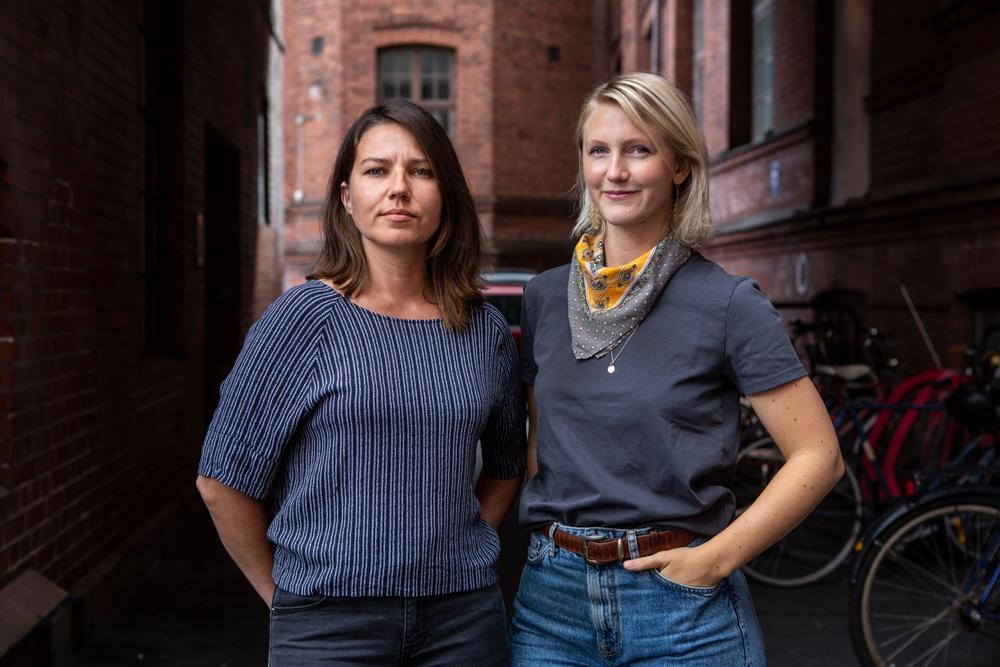 Författarporträtt: Jenny Leyman & Maria Widehed Foto: Emil Malmborg