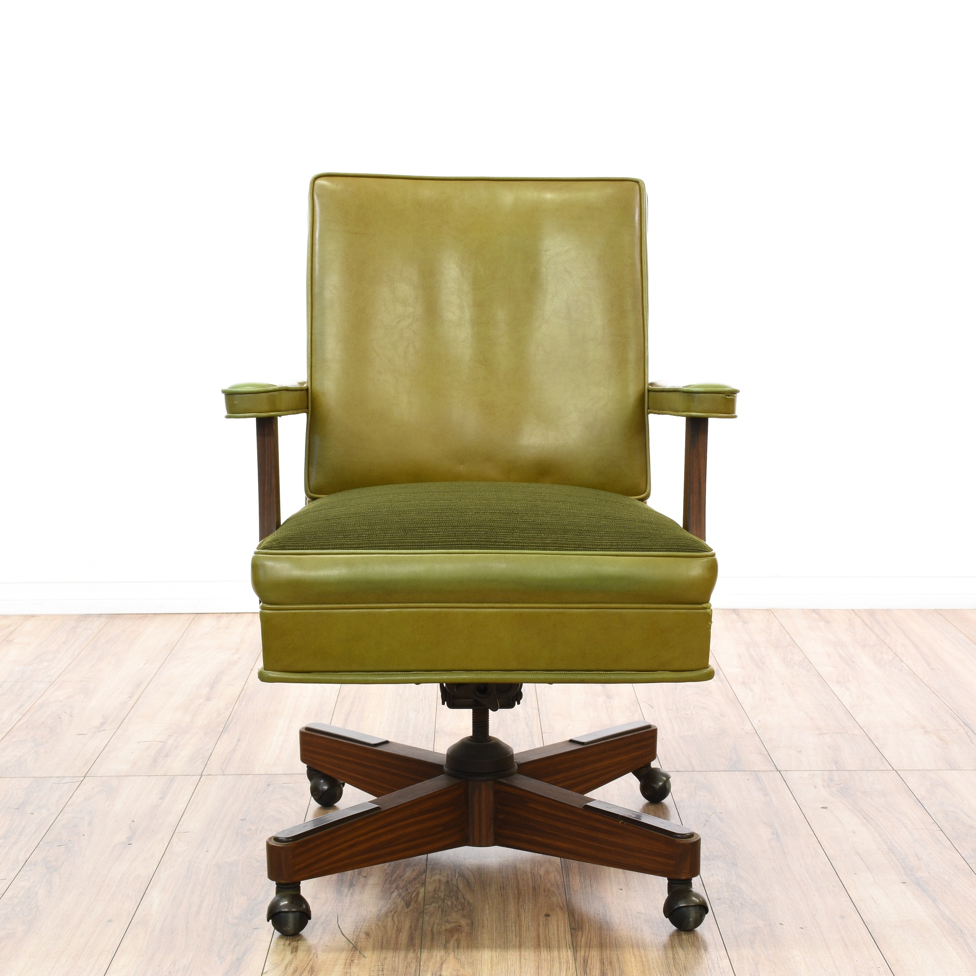 Retro Olive Green Vinyl Rolling fice Chair