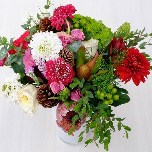 Signature Bouquet Box - December weeks 1-2