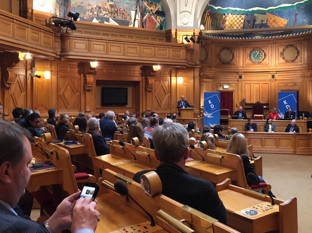 Magnus Oscarsson talar på KD:s vargseminarium