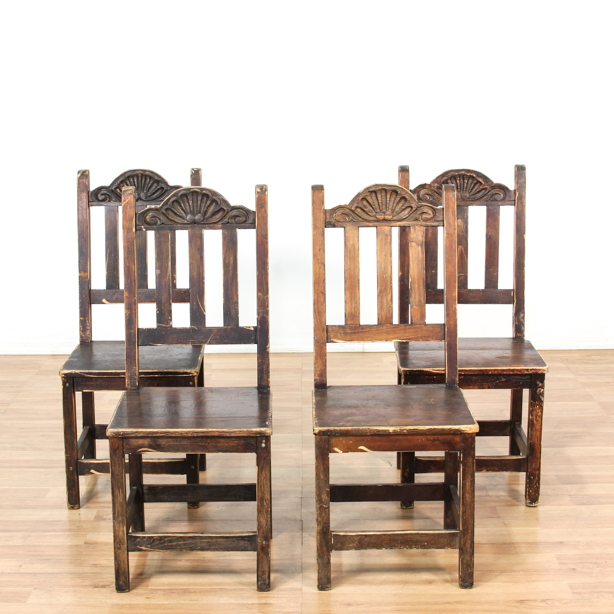 Spanish Style Dining Room Furniture: Set Of 4 Distressed Spanish Style Dining Chairs