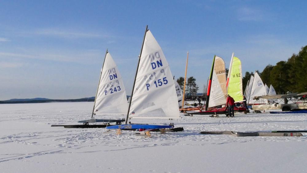 Isjakter på Orsasjön vid Orsa Camping