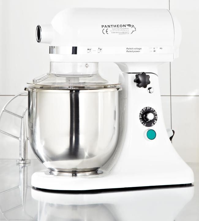 pantheons-tm5-stand-mixer