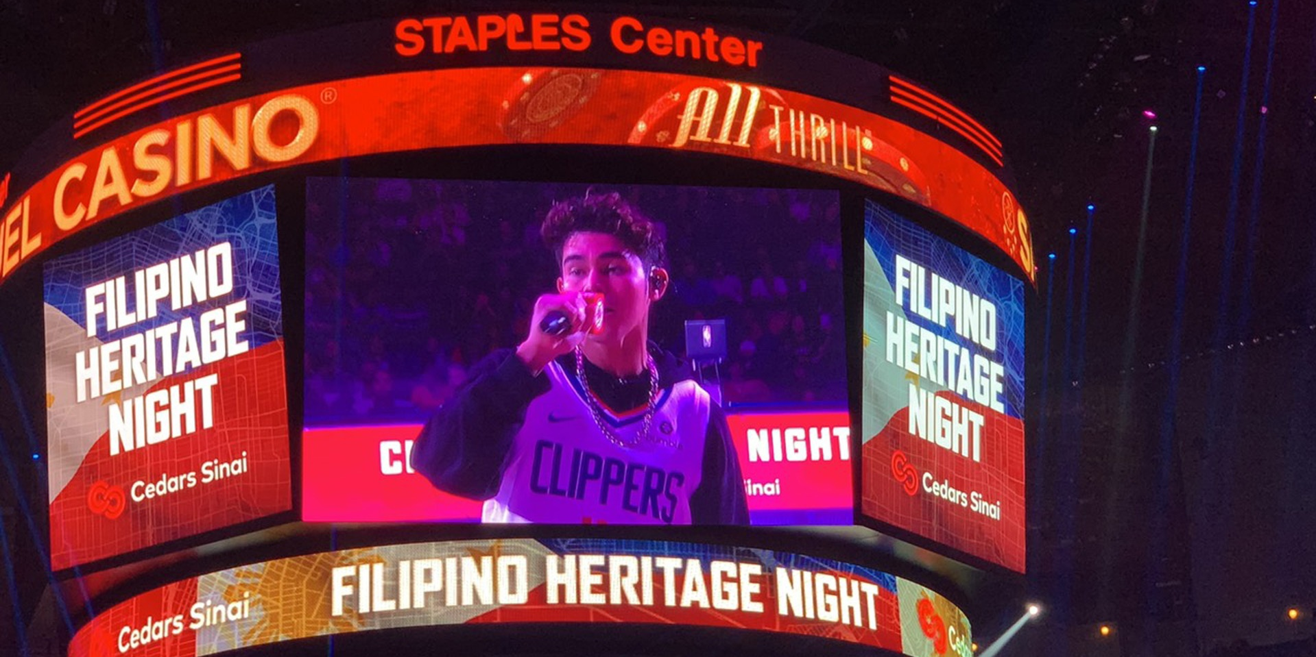 Iñigo Pascual premieres 'Catching Feelings' music video at NBA game