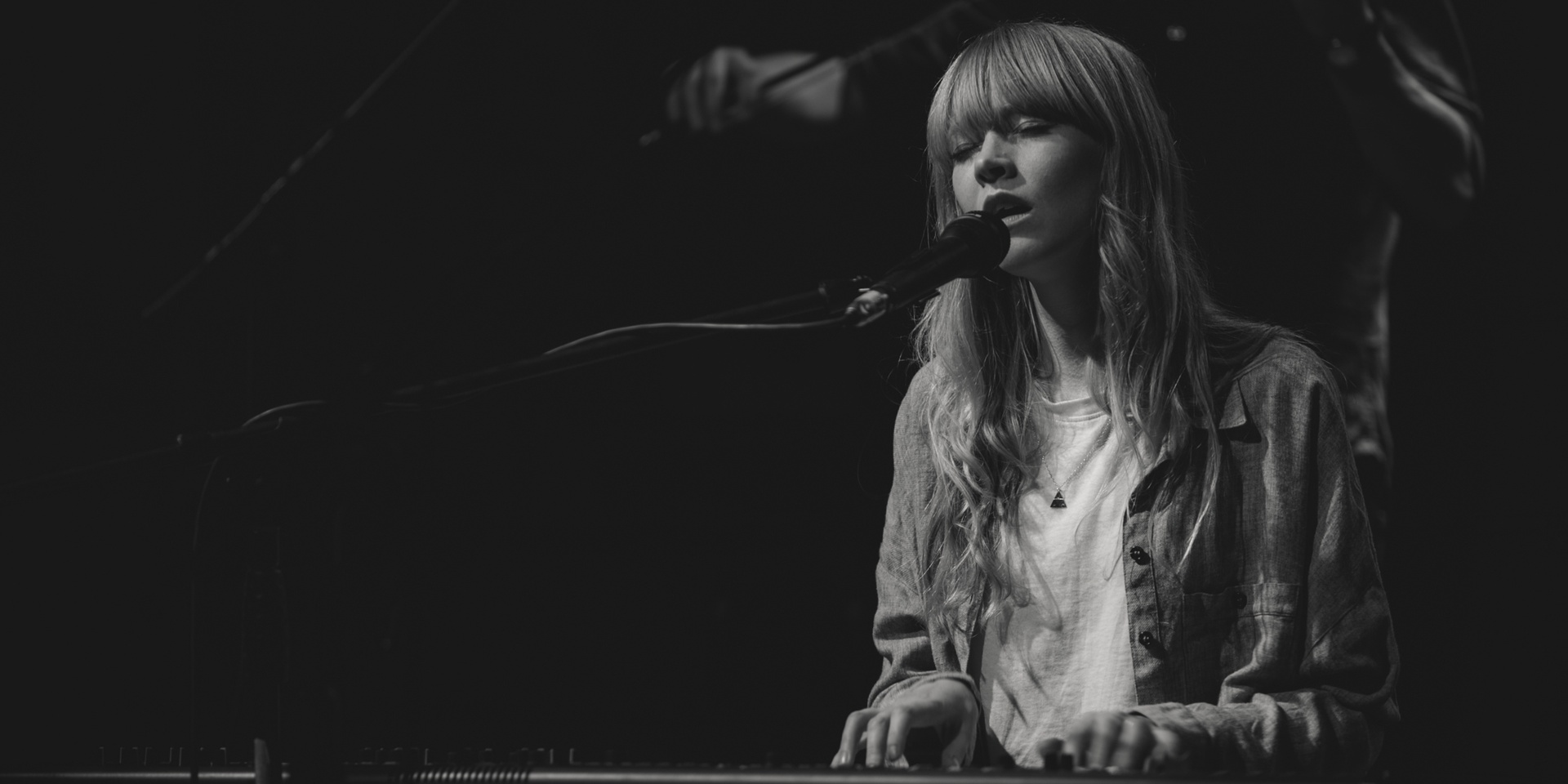 Lucy Rose takes on sexism with powerful new single 'Treat Me Like A Woman' – listen