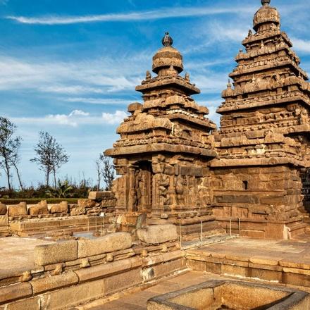 Religious Tamil Nadu with Alluring Kerala