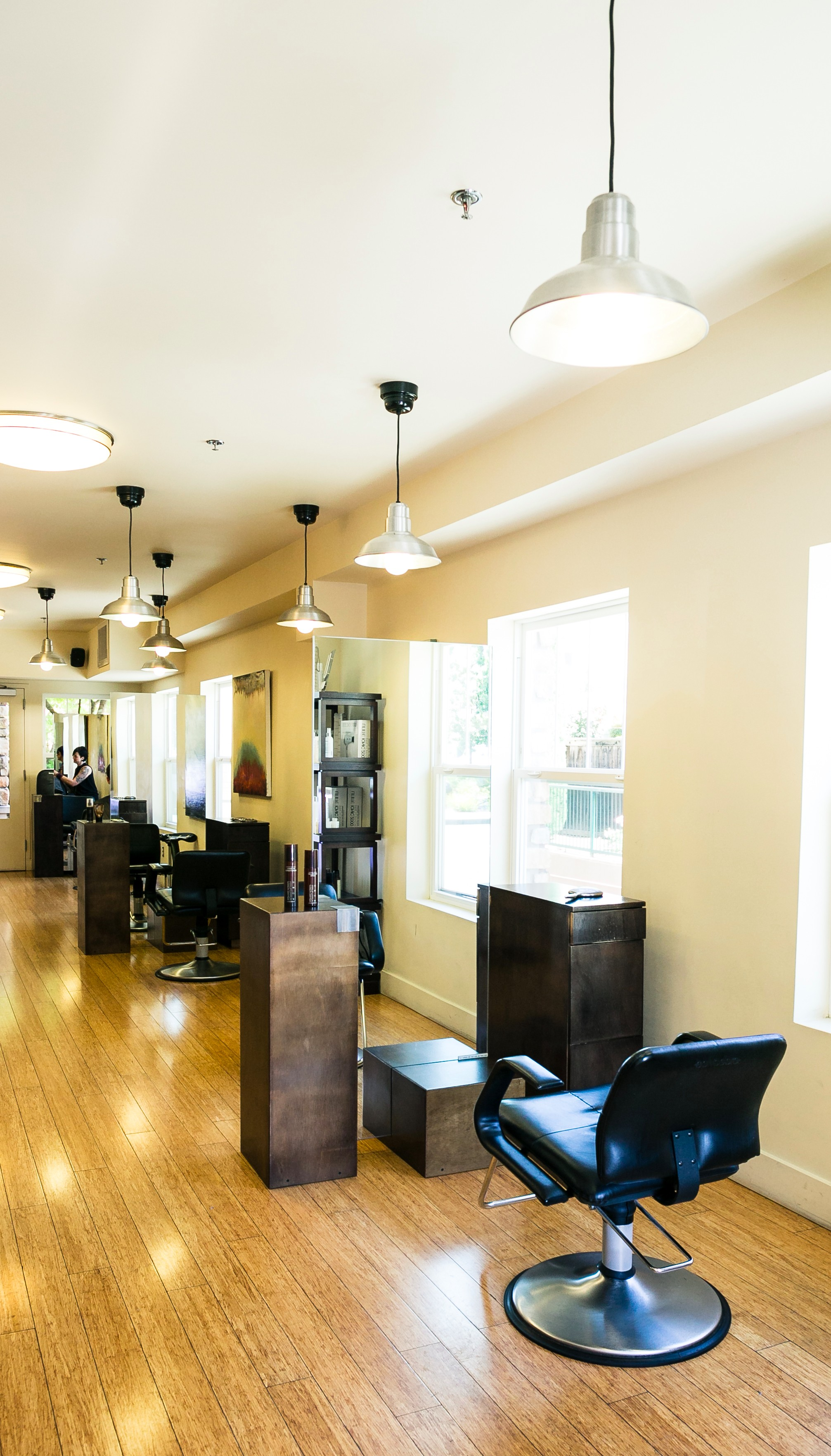Salon Hours