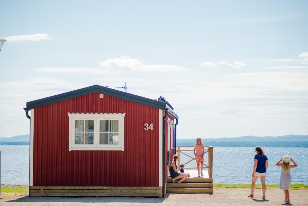 Sjönära boende på Orsa Camping
