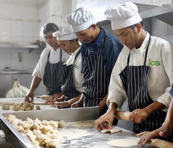 Chapati-making at Shiv Nadar