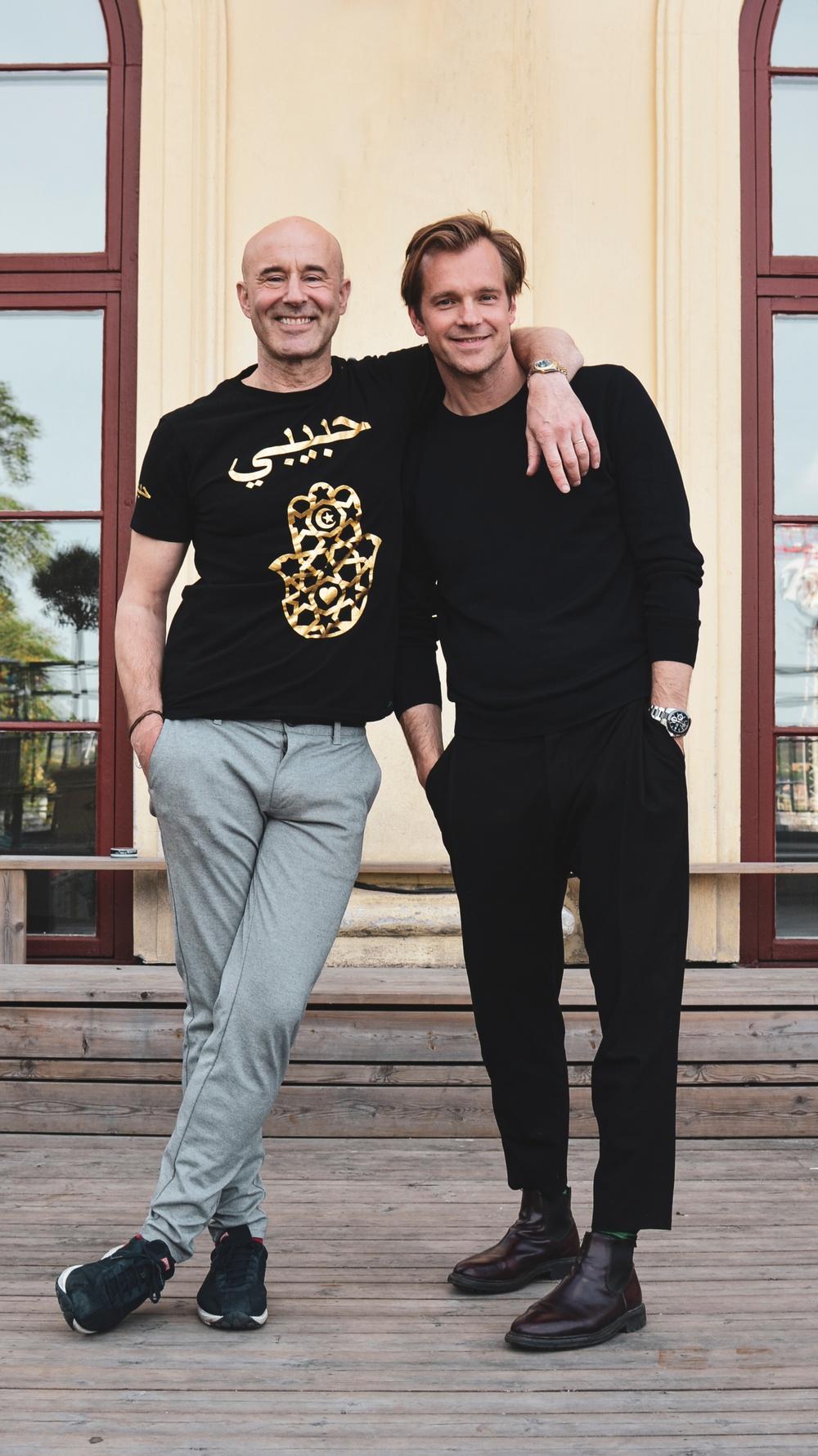 13/8 HENRIK JOHNSSON & MARK LEVENGOOD Sommar 2019 i Champagnebaren, Södra Teatern Foto: Karin Bernhardsson