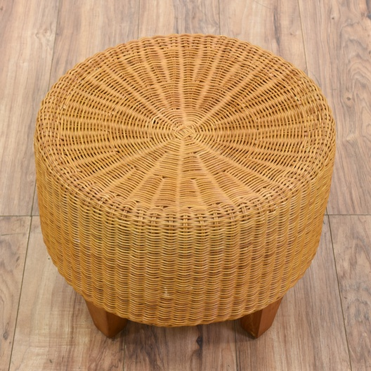 Swell Round Wicker Ottoman Footstool 2 Loveseat Vintage Pabps2019 Chair Design Images Pabps2019Com