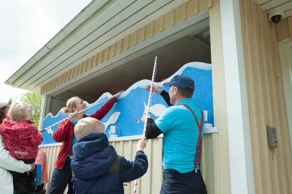 Nöjesparker anställer tusentals sommarjobbare årligen. Foto: Liseberg/Stefan Karlberg.