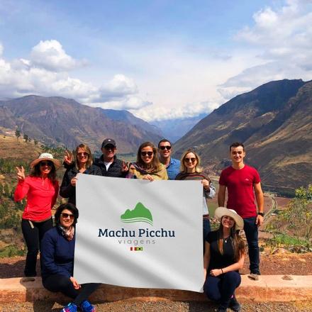 Sacred Valley & Machu Picchu 2Day/1Night Tour