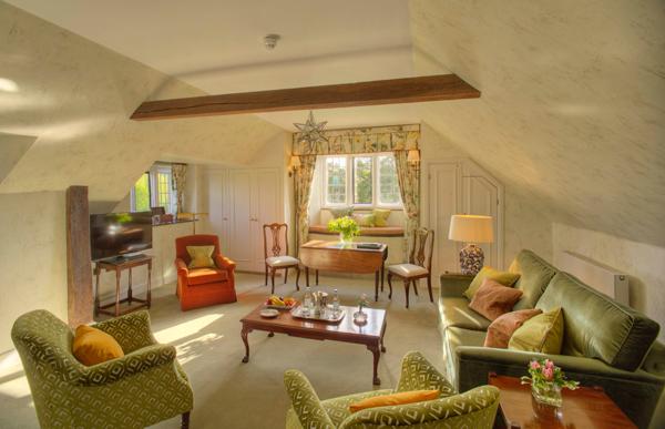 Gravetye Robinson Suite