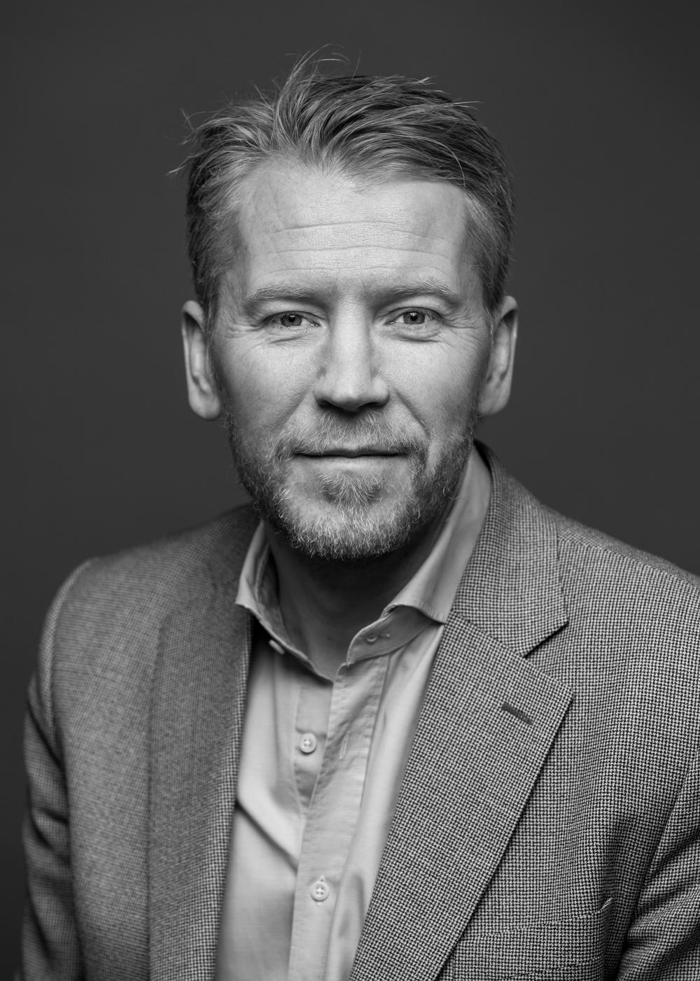 Författarporträtt: Jesper Falkheimer