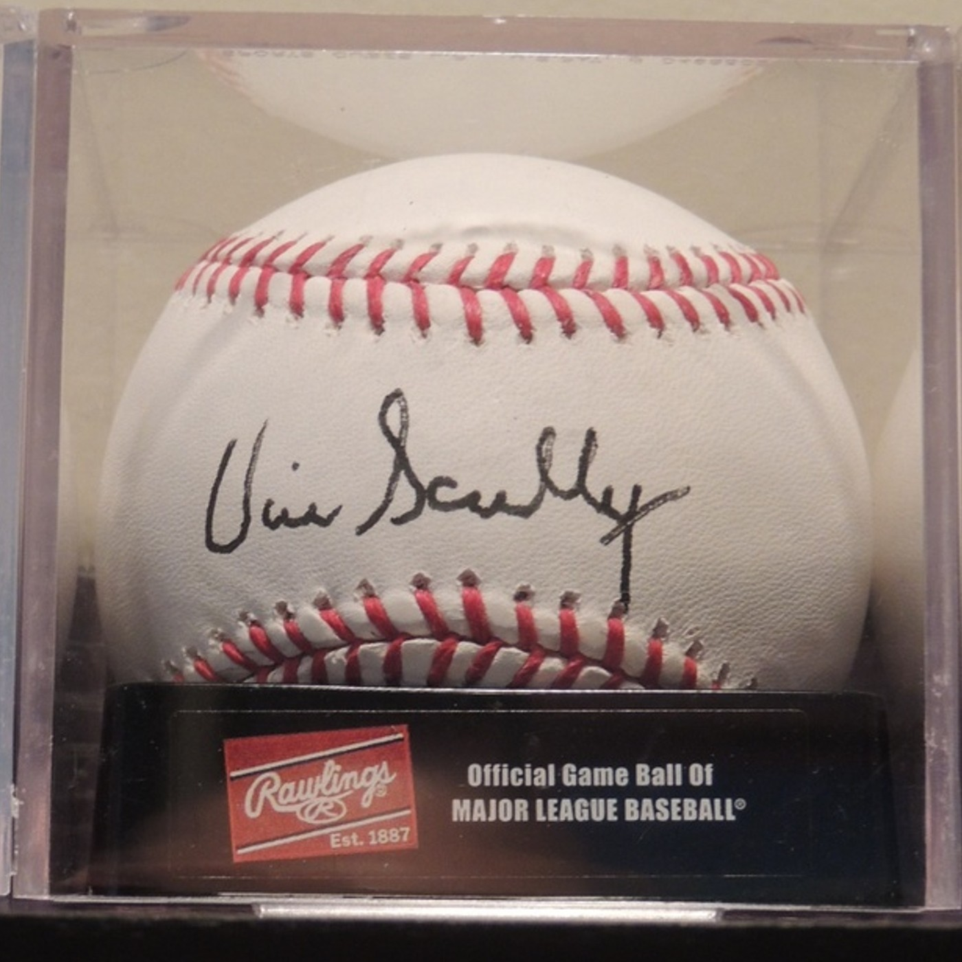 Vin Scully Autographed MLB Baseball | Collectionzz
