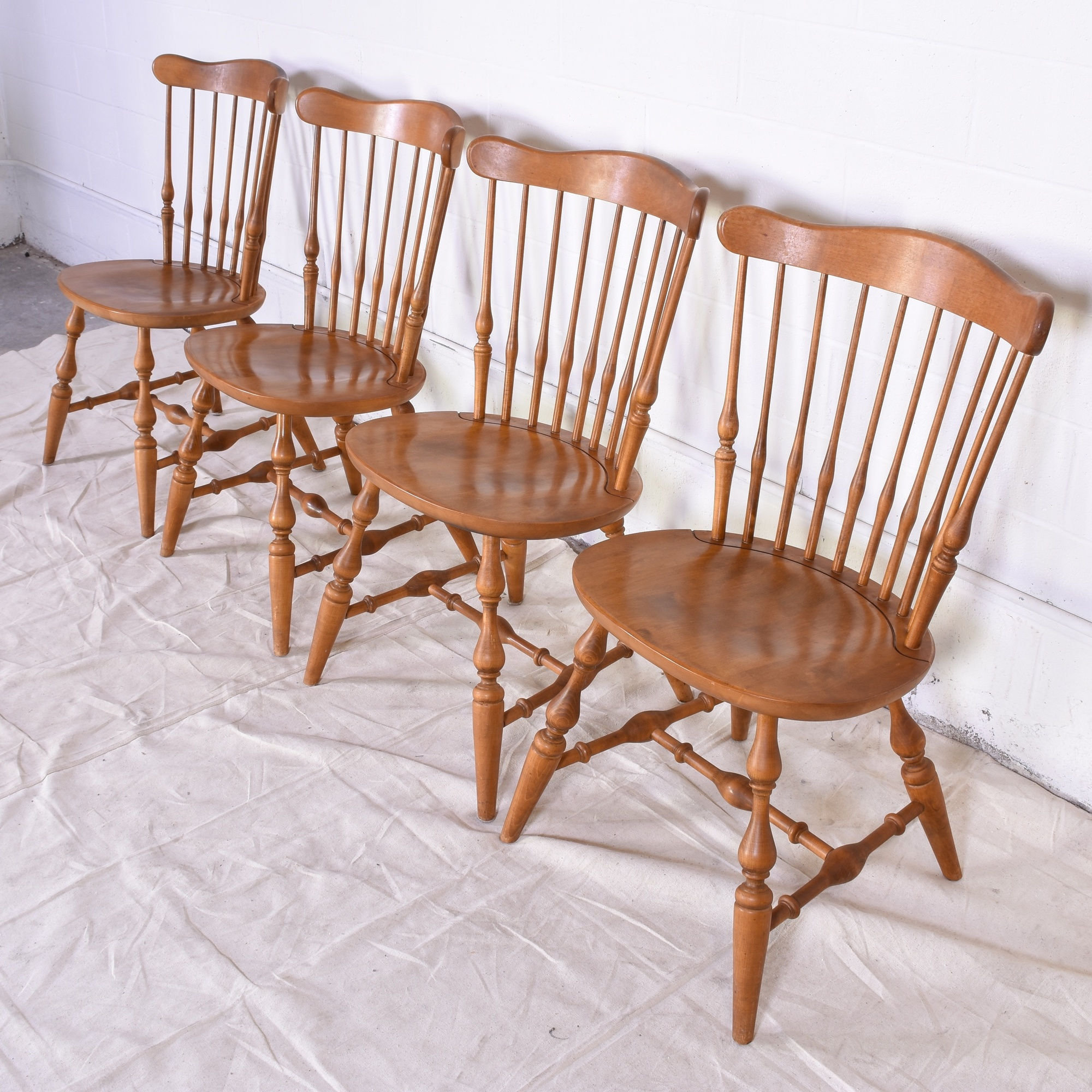 Quot Ethan Allen Quot Maple Dining Set W 4 Chairs Loveseat
