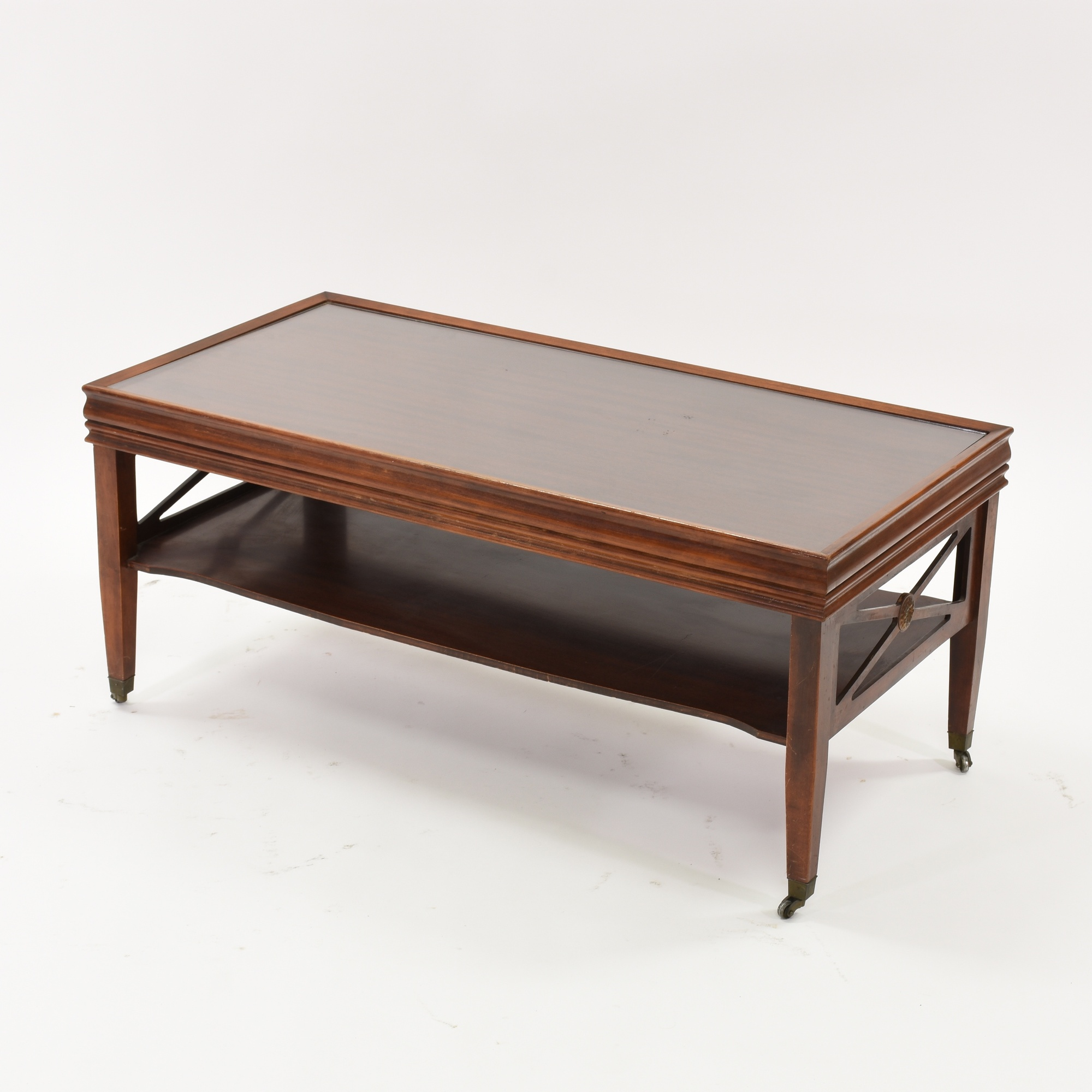 Traditional coffee table in cherry w glass top loveseat