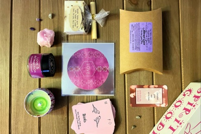 Spiritual Goodies box Photo 3