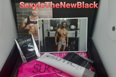 SexyIsTheNewBlack Photo 3