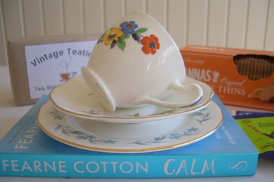 The Mismatched China Vintage Teatime Box Photo 1