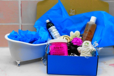 Indulge Bath & Body Box by Exterior Indulgence Photo 1