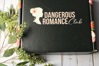 Dangerous Romance Club Photo 1