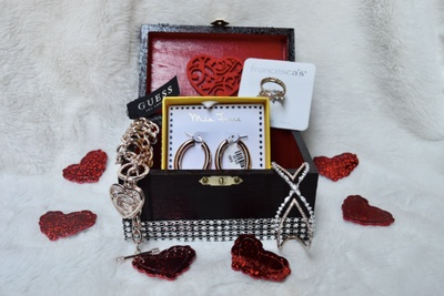 FashionableTreasure Box Photo 1