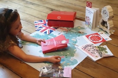 The Junior Travelling Reader Box Photo 1